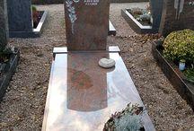 Gravestones (Nisan, kuburan)