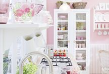 Cute Pink Kitchens / by Barbara Appleby