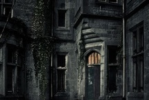 Creepy ppl, just creepy and creepy haunted places