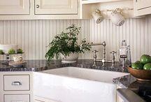 Kitchen / by Elizabeth James