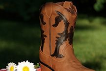 Life Size Cowboy Boot for Cake kit / by Cake Structure