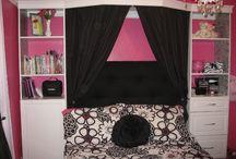 Girls room / by Lisa Akins