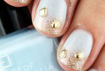 nails & hairs
