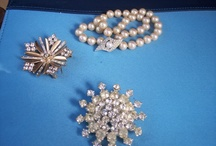 Vintage, fine and costume jewelry / jewelry from various estate sales