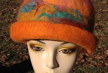 Fiber / Fiber art (hats, scarves, purses)