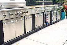 BBQ Outdoor Kitchen / Modular Outdoor Kitchen loaded with all of the kitchen essentials you'll ever need.