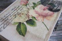 Romantikus rózsás rekeszes doboz
