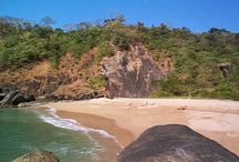 Place To Visit in South Goa  / Some of the beautiful places to visit in south goa include beaches like Colva Beach, Palolem Beach and Utorda Beach. Mangueshi Temple and Shantadurga Temple are the two famous places of worship located in South Goa.