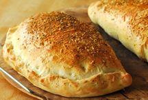 Savory dough bakes / Pizza's, calzones, pies...