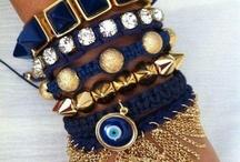 Navy & Gold love