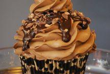Cupcake recipes / by Mama's Cakes