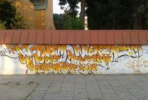 Napisy na murach / Napisy spostrzeżone w trakcie pielgrzymowania umieszczone na murach