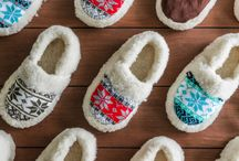 women sheepskin slippers / We set out to find the perfect goods.  We spent over 30 years in pursuit of a well-designed, high-quality leather and wool goods. At every step, our master craftsmen work diligently to pour their hearts and souls into the fine products.