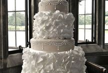Halles dream wedding cake