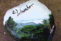 """Mi país, El Salvador / Un tablero dedicado a todo eso que caracteriza a """"El pulgarcito de América"""" (nombre que le atribuye Gabriela Mistral) y a cómo somos los salvadoreños y salvadoreñas."""