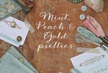 Fargekoden: Vintage, gull, pasteller (peach, mint)