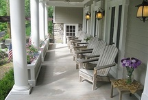 FroNt PoRch SiTTin' / These dreamy porches make me think of simpler days... / by Leah Alanis