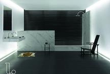 Badkamerinspiratie / Bent u op zoek naar een nieuwe badkamer? Onze badkamerinspiratie heeft voor ieder wat wils. Van landelijk wit tot industrieel en van badkamers met betonlook tot marmer. Laat u inspireren door Laurens Badkamers.