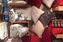Textile, coussins, rideaux et plaids / La touche finale de votre décoration se trouve ici ! Parcourez notre tableau et découvrez notre collection de textile pour votre déco montagne. Plaids, coussins, rideaux.. rien n'est oublié :)