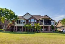Golf Course Homes for sale in Tellico Village, Loudon, TN / Gorgeous homes for sale in Tellico Village on the shores of Tellico Lake in East Tennessee. Choose from 3 championship courses.