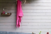 Outdoor tub / by Madeline Hurst