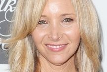 Lisa Kudrow / Lisa Kudrow was born in Encino, California, on July 30, 1963. Her father, Lee, was a physician and her mother, Nedra, was a travel agent. Lisa was raised in Tarzana