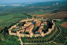 MONTERIGGIONI DALL'ALTO / Immagini aeree del Castello di Monteriggioni