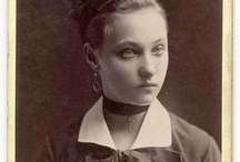 Victorian hair bows
