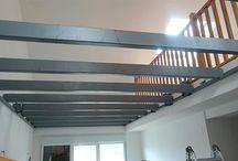 Entreplanta metálica para duplex / Te mostramos las fotografías de uno de nuestros últimos proyectos. La fabricación e instalación de una entreplantas metálicas para duplex en Donostia-San Sebastián.