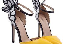 """Cinderella's glass slipper / """"Give a girl the right shoes, and she can conquer the world.""""  Marilyn Monroe"""