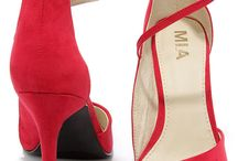 Shoe Addict / Red heels shout a woman's confidence, her ability to have fun and her fashion-forward style! Wear them proudly!