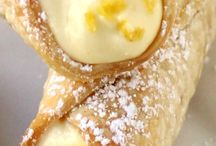 Lemon Meringue Cannoli