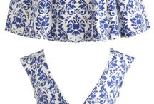 PORCELAIN PRINTED FASHION. BLUE AND WHITE.