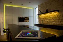 Loxone / Loxone összetett épületautomatizálási rendszer házakhoz, lakásokhoz, irodákhoz, boltokhoz, üzemekhez, bármilyen épülethez