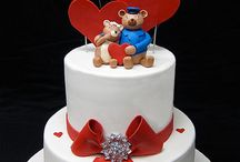 Valentine's Day Cakes / by Pat Korn