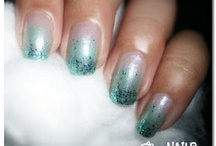 Gradient Polishes / These are my swatches of nail polishes that come in gradient sets..
