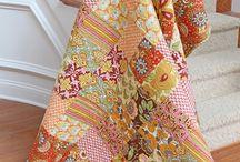 Patchwork / Ich liebe Patchwork und seine unendlichen Möglichkeiten. Für mich der Einstieg in Textil Art.