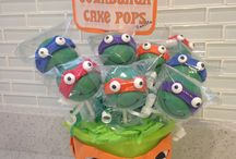 cake pops / by Brittany Hughes