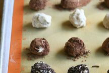 Chocolate Chip FAVORITES / Chocolate chip all the things!