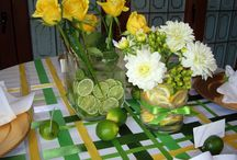 Tablescapes / Lovely tablescape ideas and inspiration for decorating your table for holidays or everyday.