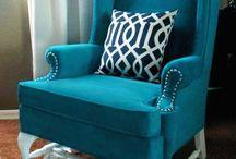 DIY Furniture / by Lauren Deger
