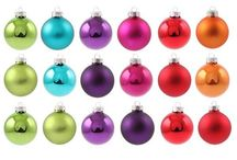 Crazy Colorful Christmas / Colorful Christmas! Inspiring ideas for your festive holiday home. Don't want to have a traditional Christmas tree. Create a colorful setting with purple, lime green, teal blue & fuchsia.  Look for more inspiring ideas & products below.