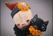 Art Dolls & Puppets / by Georgina Diaz
