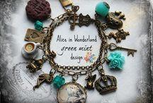 ALiCe iN WoNDeRlaNd Gift Ideas