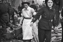Mulheres na guerra / Inspirado em um antigo post* das maravilhosas blogueiras feministas. <3 *http://blogueirasfeministas.com/2011/07/mulheres-na-guerra/