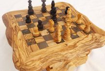 hand carved chess pieces / We are experts for manufacturing and exporting hand carved chess pieces