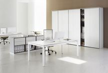 Height re-justable office tables