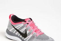 Αθλητικα παπούτσια