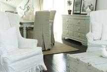 the Calmness of WHITE..... / I am such a primitive gal.......but, I am so drawn to the calmness of the white rooms.........!