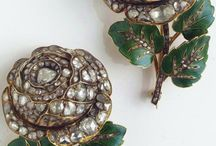 Brooches <3